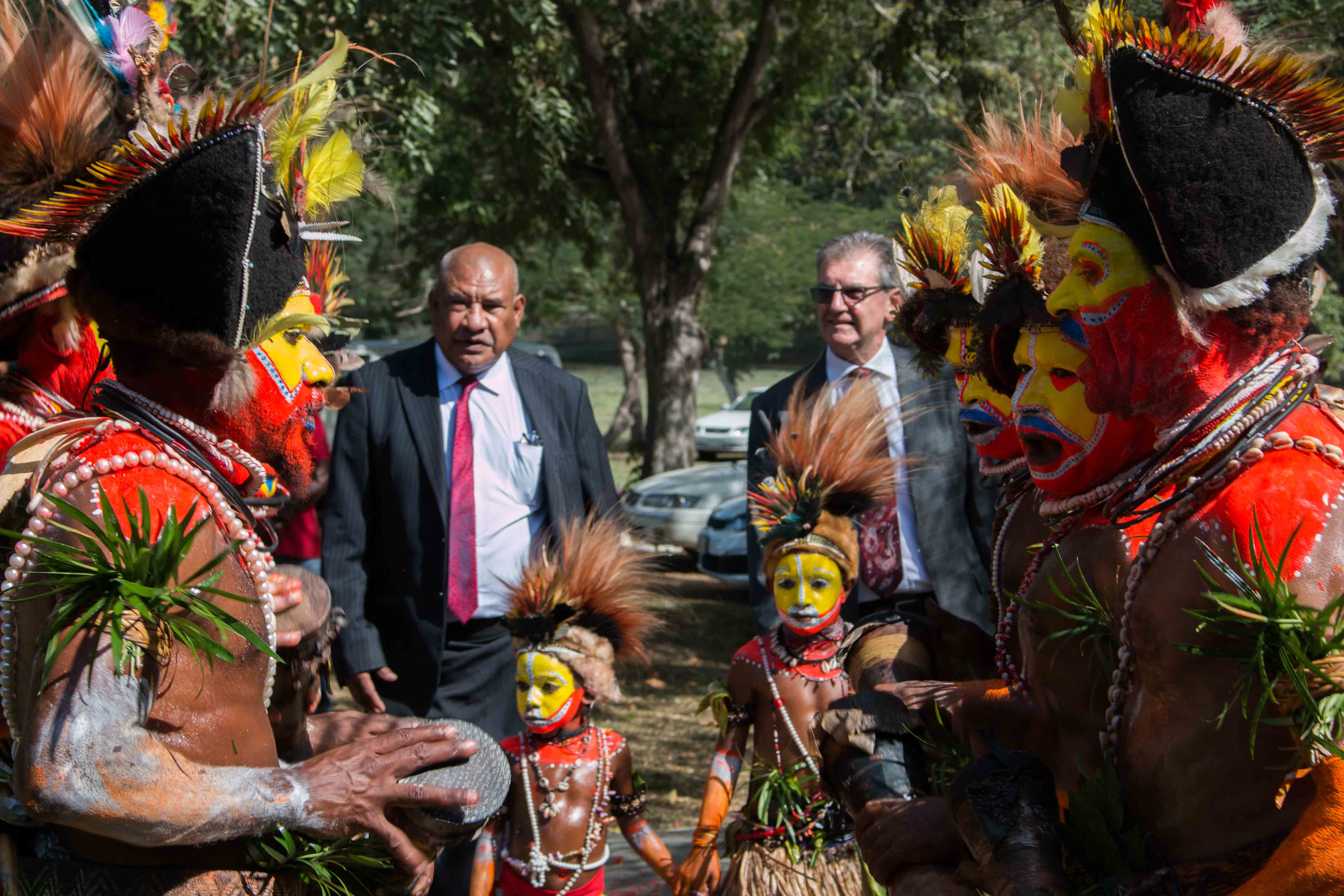 Australian High Commissioner Bruce Davis and DPM Secretary John Kali were welcomed to PNGIPA by a singsing group from Tari, Hela Province