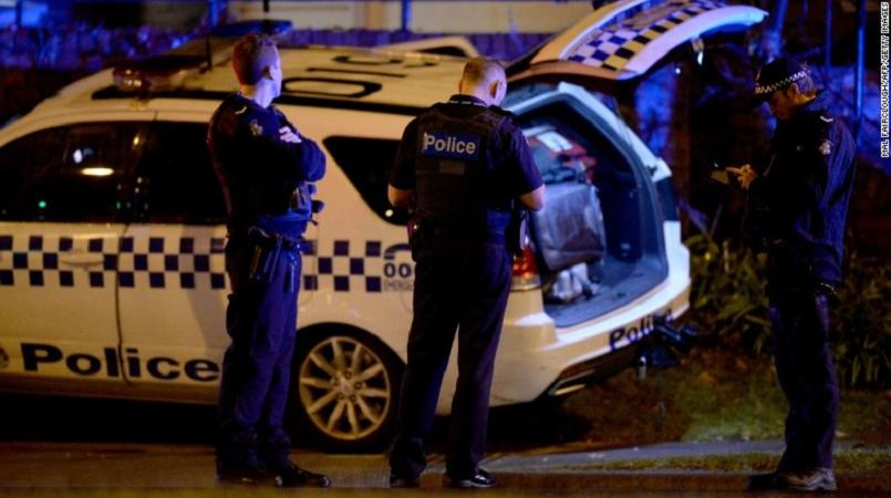 Australia police shoot hostage taker dead