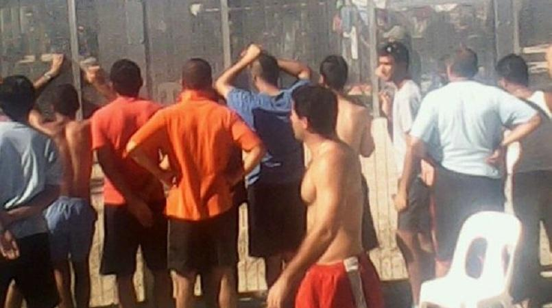 Fears of violence at Manus Island detention centre
