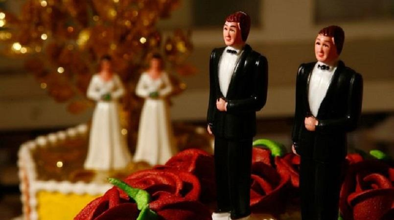 Christian wedding cake baker wins Calif. court battle