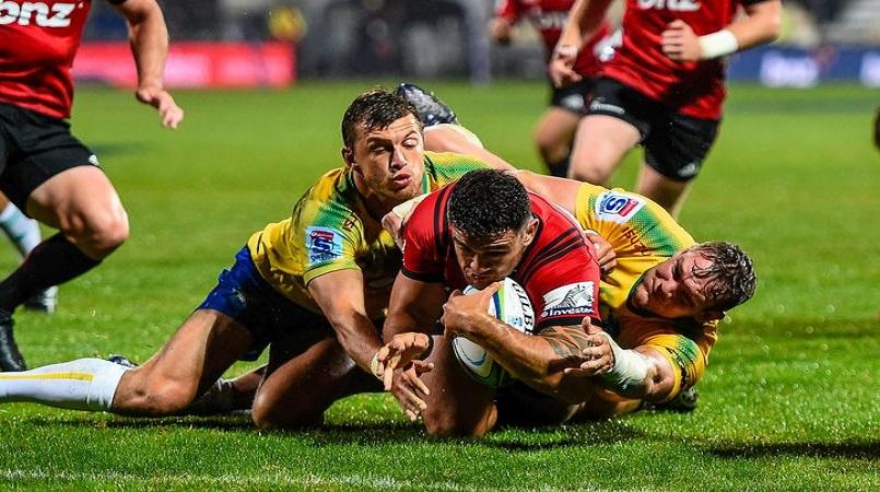 Crusaders back to winning ways against Bulls