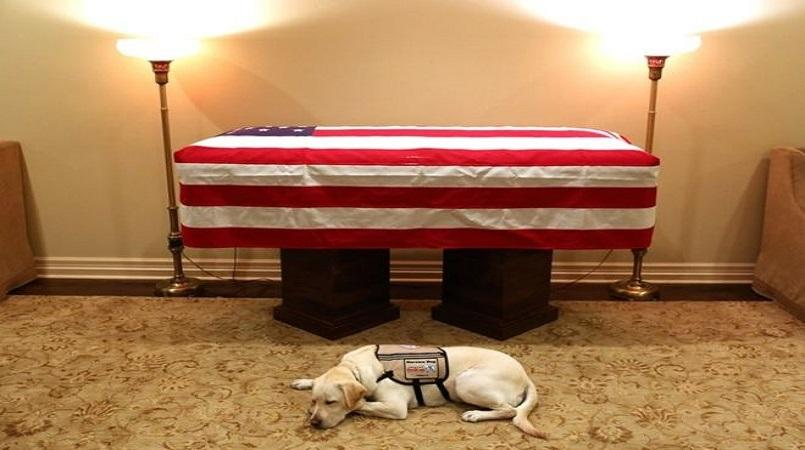 George HW Bush casket to arrive in Washington before state funeral