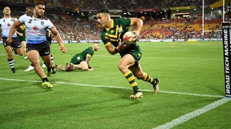 Holmes scores six tries in record haul