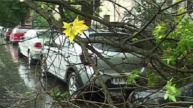 Deadly Storm Leaves Eight Killed, Dozens Injured in Romania