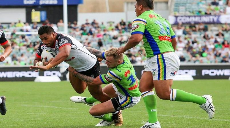 Warriors reshuffle pack against Roosters