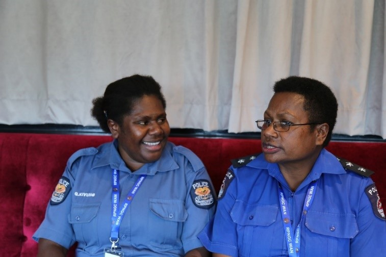 Constable Gertrude Kivung (L) and Inspector Anne Drakum (R), stationed at Wabag, Enga Province