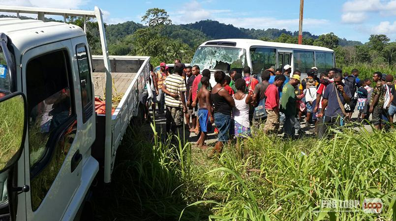 Chaos after highway collision | Loop PNG